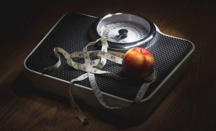 Calculator greutate ideală, calorii, IMC