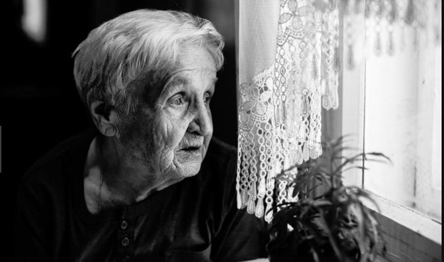 Cinci vitamine care te protejează de Alzheimer și demență. Unde gasiti aceste vitamine